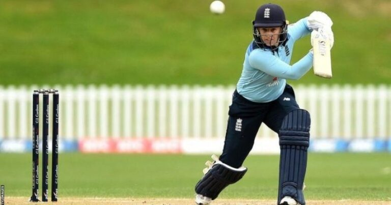 England Women's Tammy Beaumont tops ODI batting rankings for first time